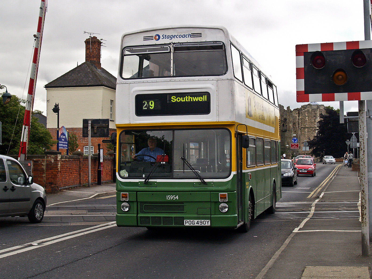 File:Stagecoach Lincolnshire Road Car bus 15954 (POG 490Y ...