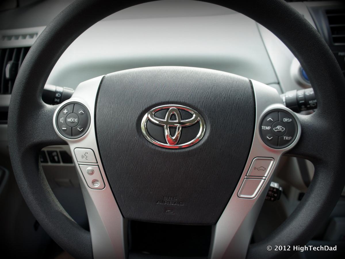 File Steering Wheel 2017 Toyota Prius V 8228834842 Jpg