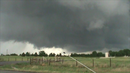 Supercell near Teague, 04-25-2011