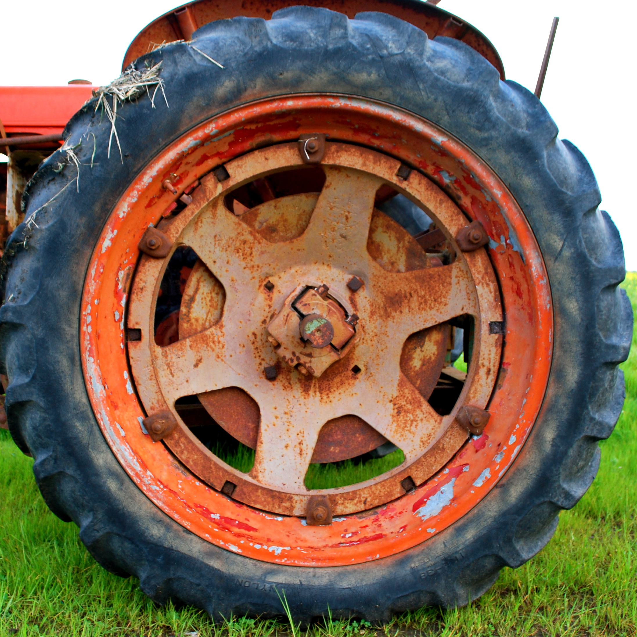 Tractor Wheel Rims : File tractor wheel g wikimedia commons
