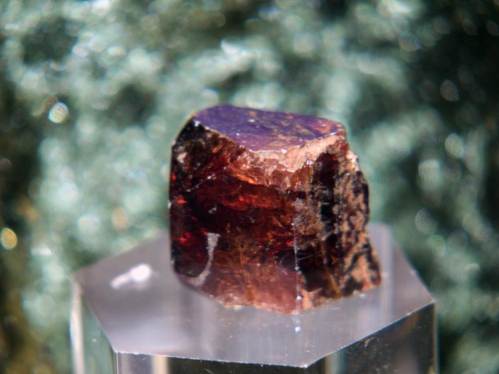 Гиацинт (минерал) — Википедия