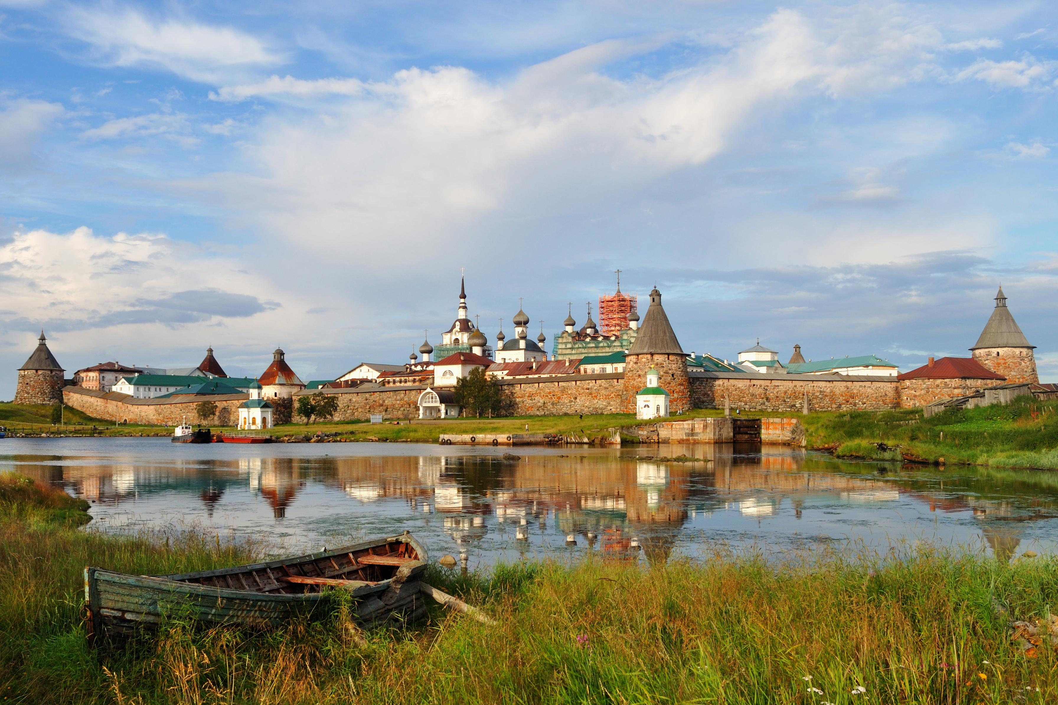 Соловецкий монастырь. Автор - Алексей Задонский