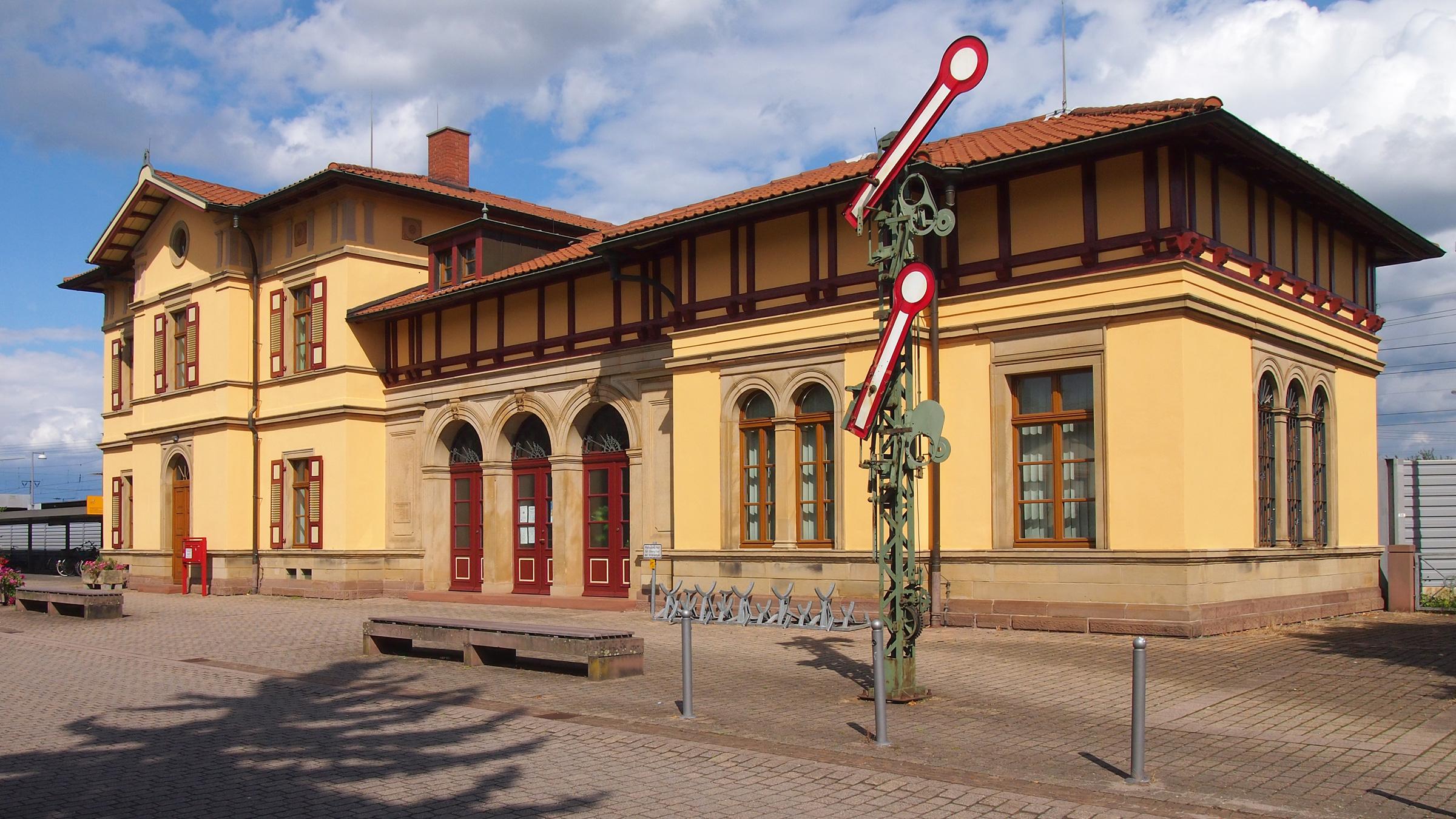 Graben Neudorf Bahnhof