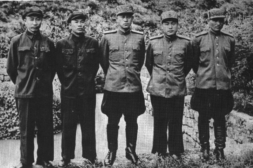 ファイル 195109 1951年朝鲜战争谈判代表团 谢方 邓华 南日 李相朝 张