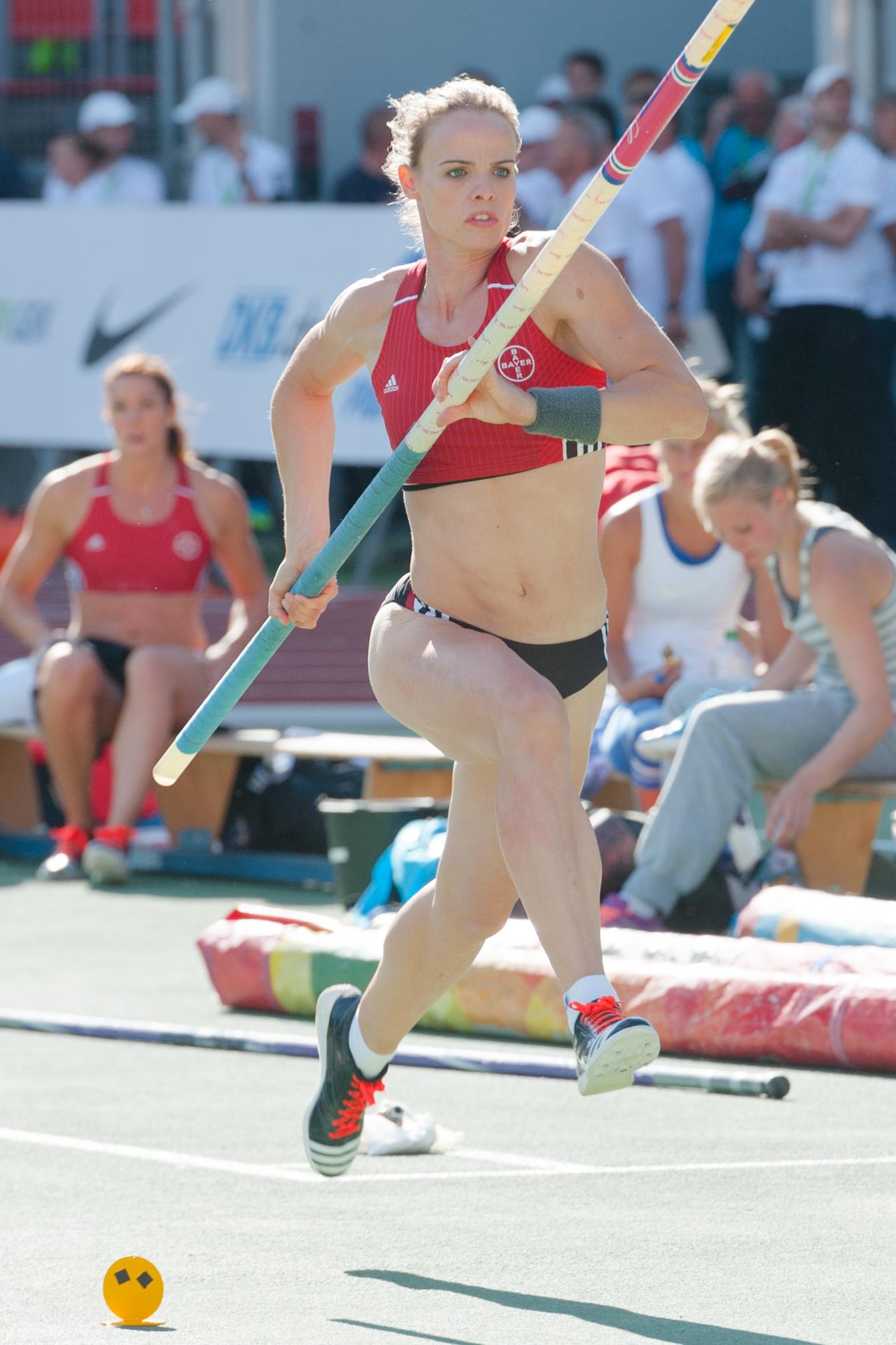 Bestand20150725 1746 Dm Leichtathletik Frauen Stabhochsprung 9768