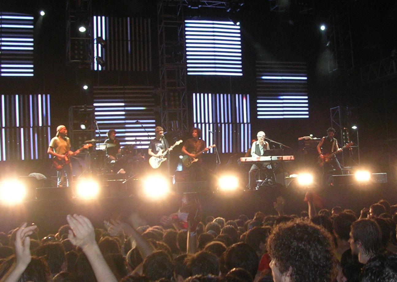 Ariel Rot junto a Andrés Calamaro en la gira Dos Rodríguez en Buenos Aires (diciembre de 2006).