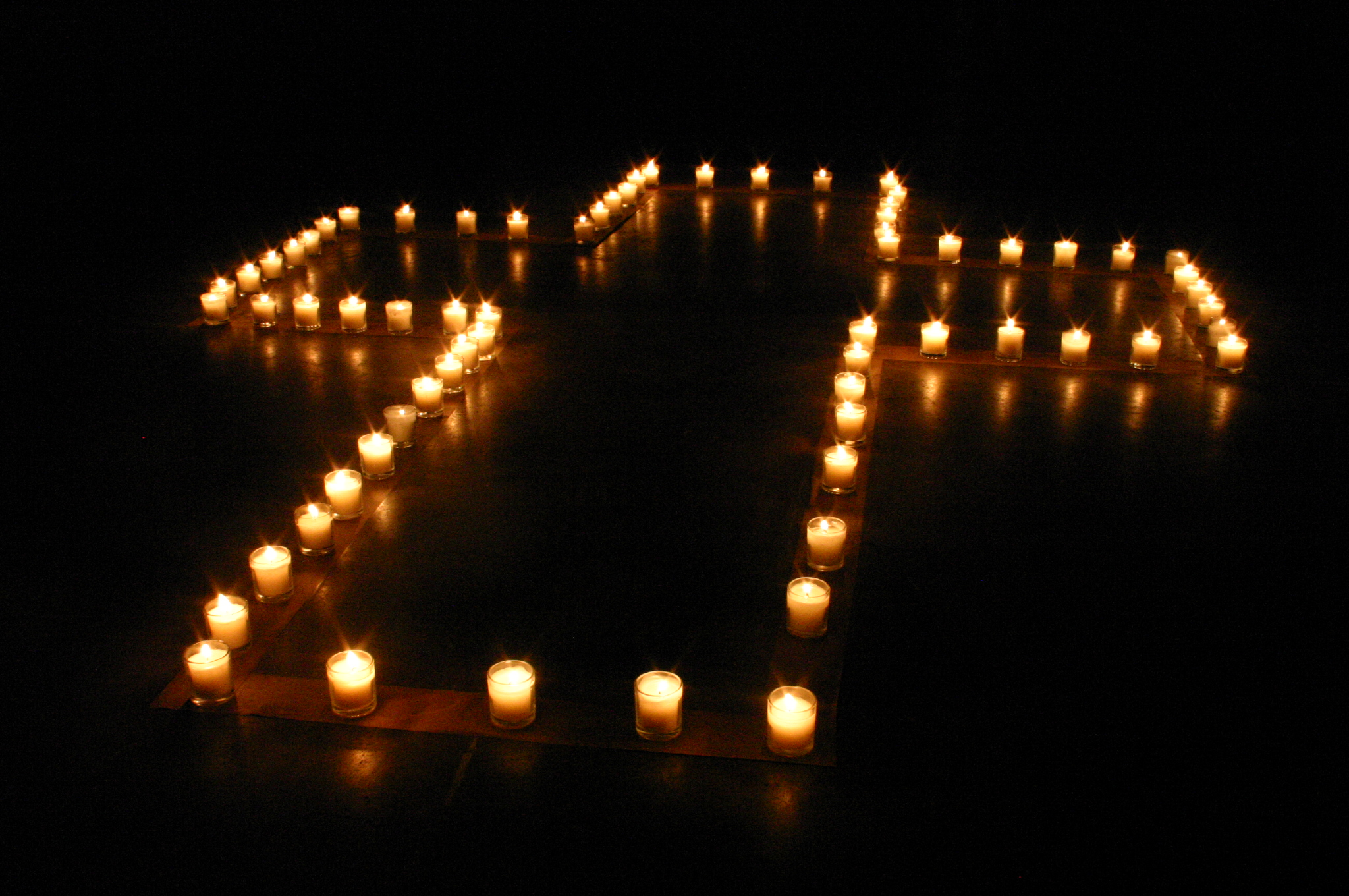 File a cross of candle wikipedia for Lit wikipedia