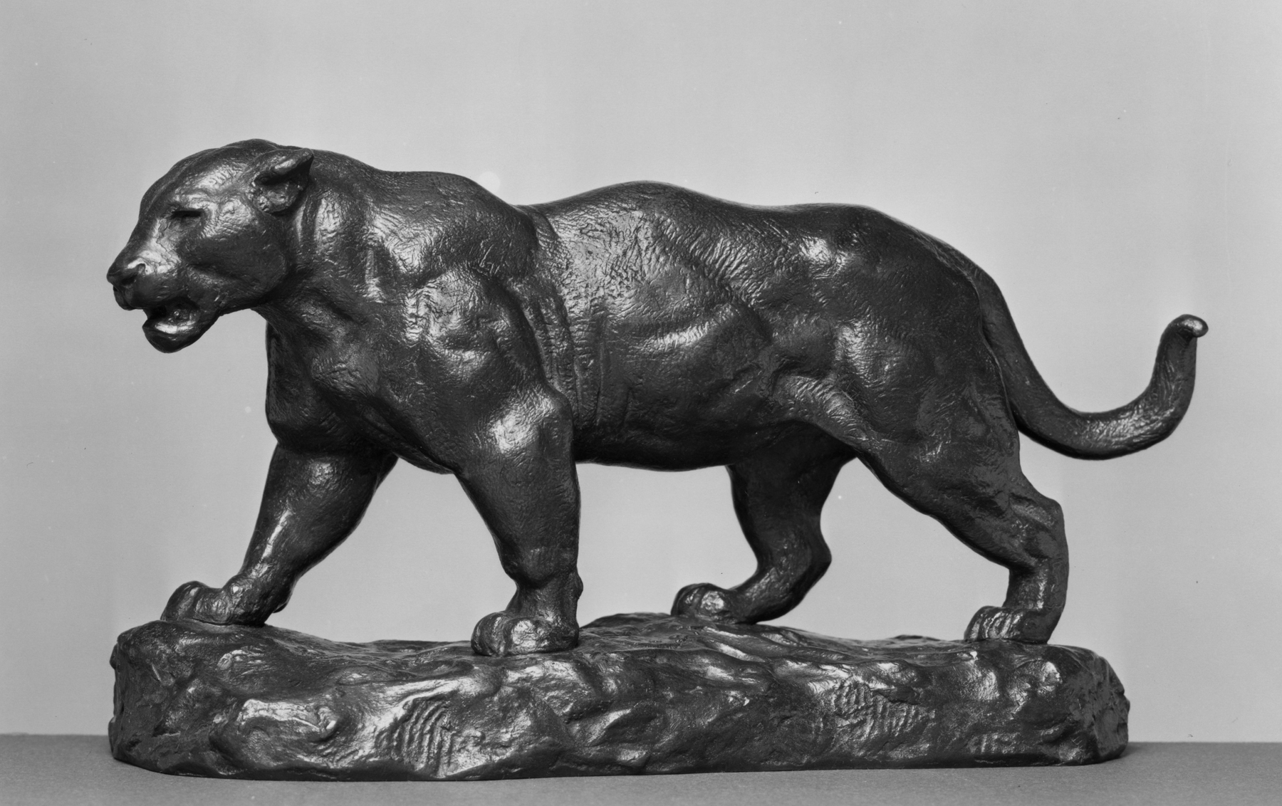 File:Antoine-Louis Barye - Jaguar Walking, Number 1 - Walters 2795.jpg ... T L Jaguar