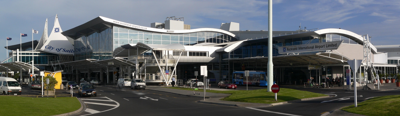 Melbourne Domestic Arrivals To Phillip Island