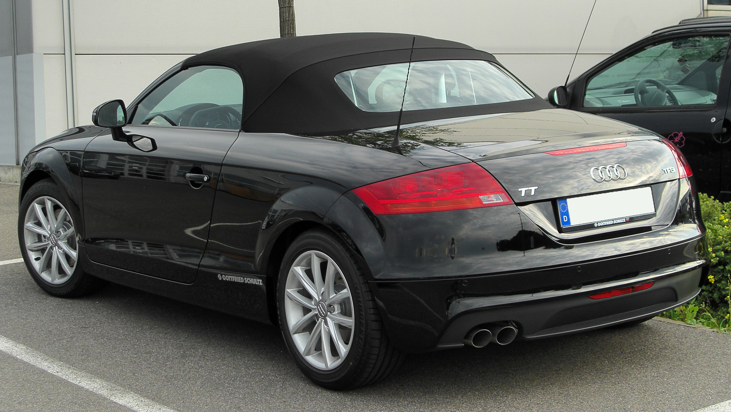 File:Audi TT Roadster TFSI (8J) Facelift rear 20100805.jpg ...