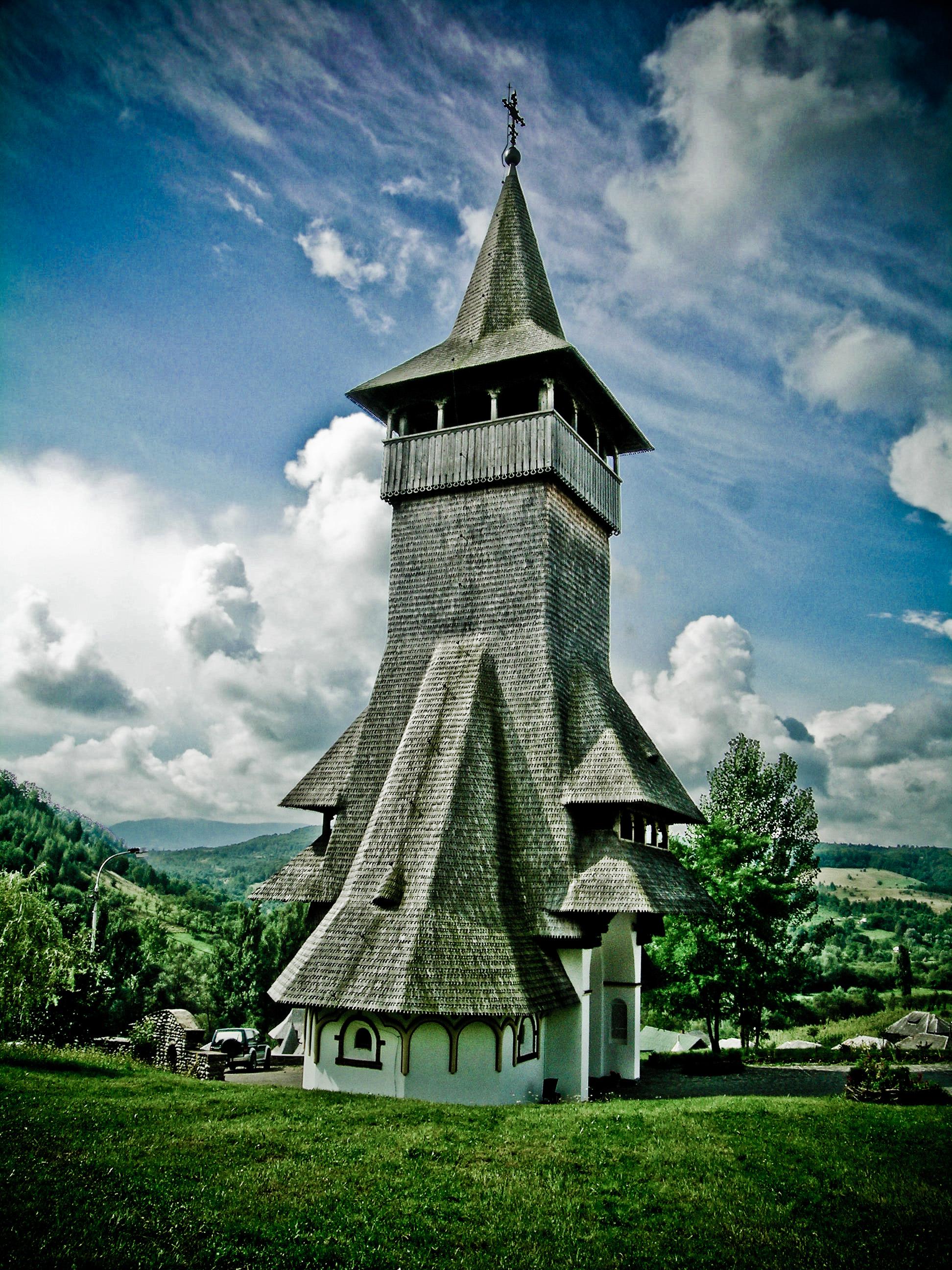 B%C3%A2rsana_church.jpg