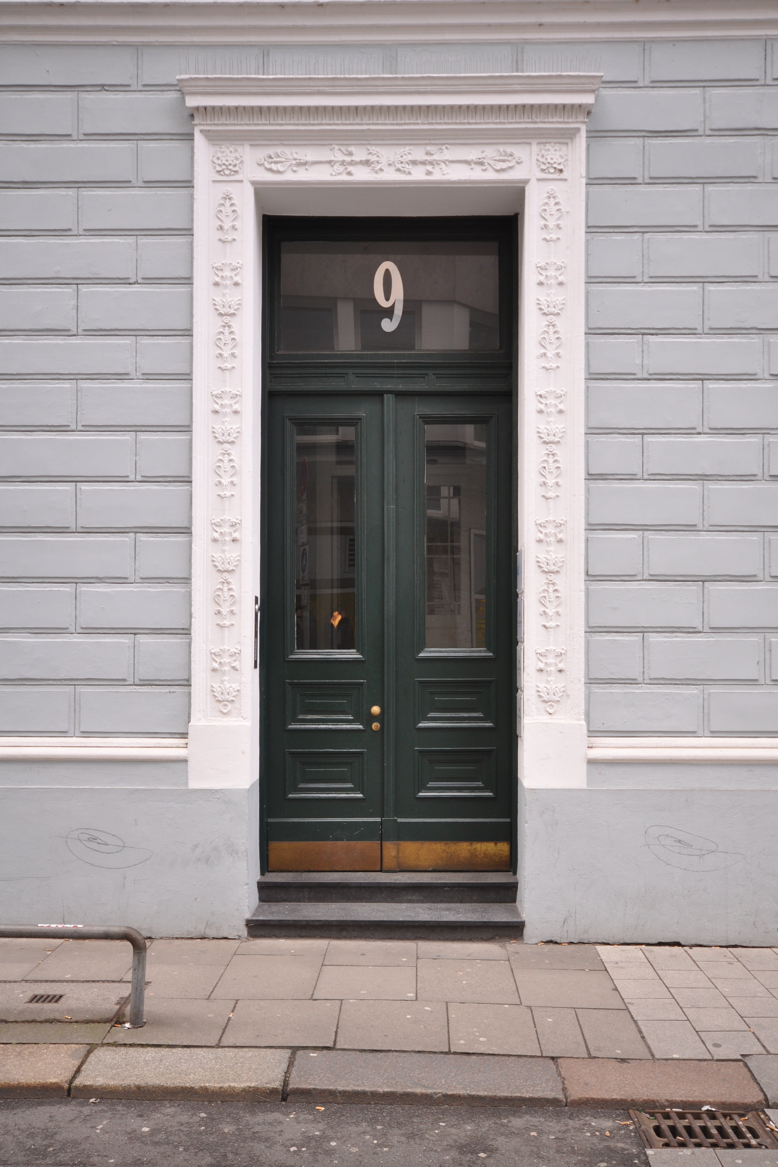 File:Büschstraße 9 (Hamburg Neustadt).Tür.ajb