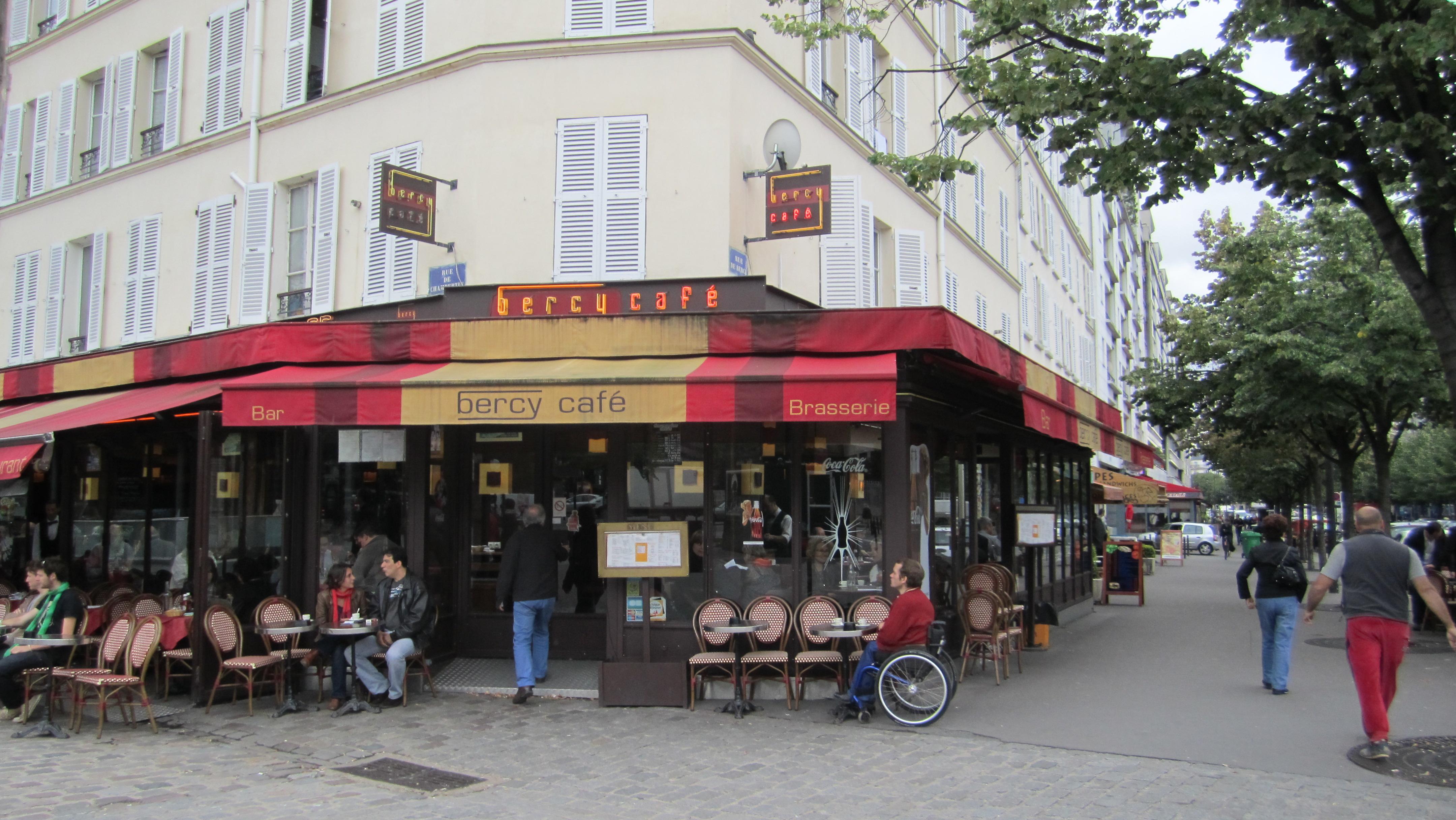 Cafe De La Paix Sancoins  Juin