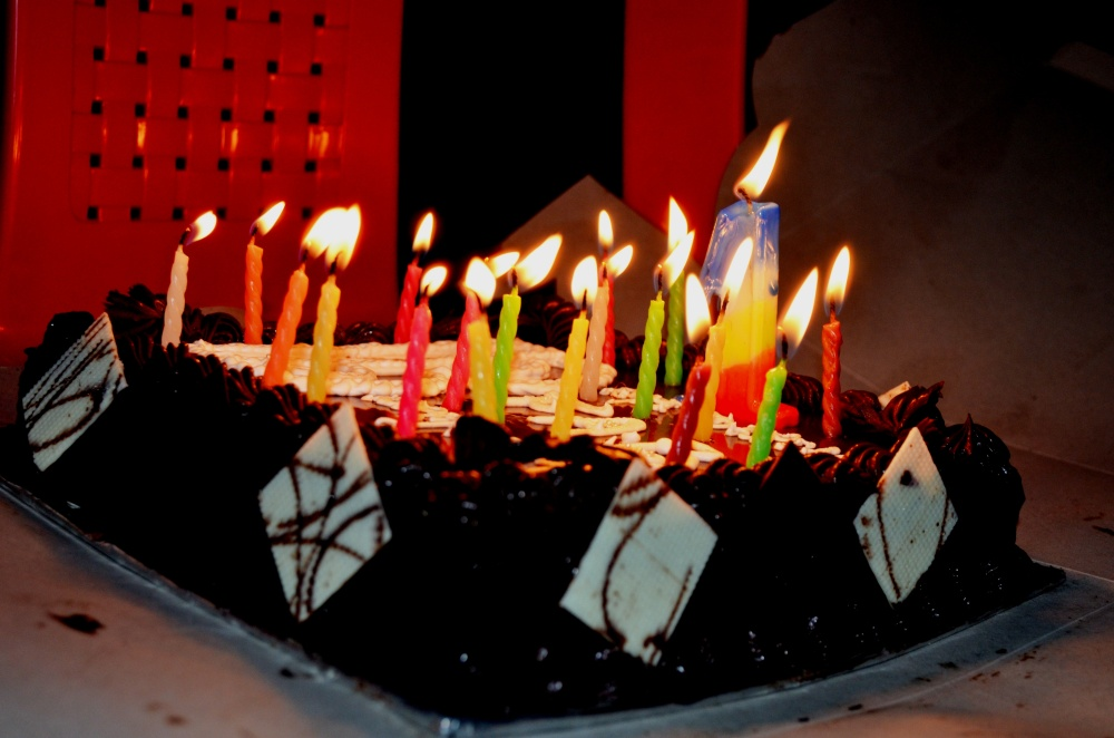 Image Of Birthday Cake With One Candle : File:Birthday Cake Candles.jpg - Wikimedia Commons