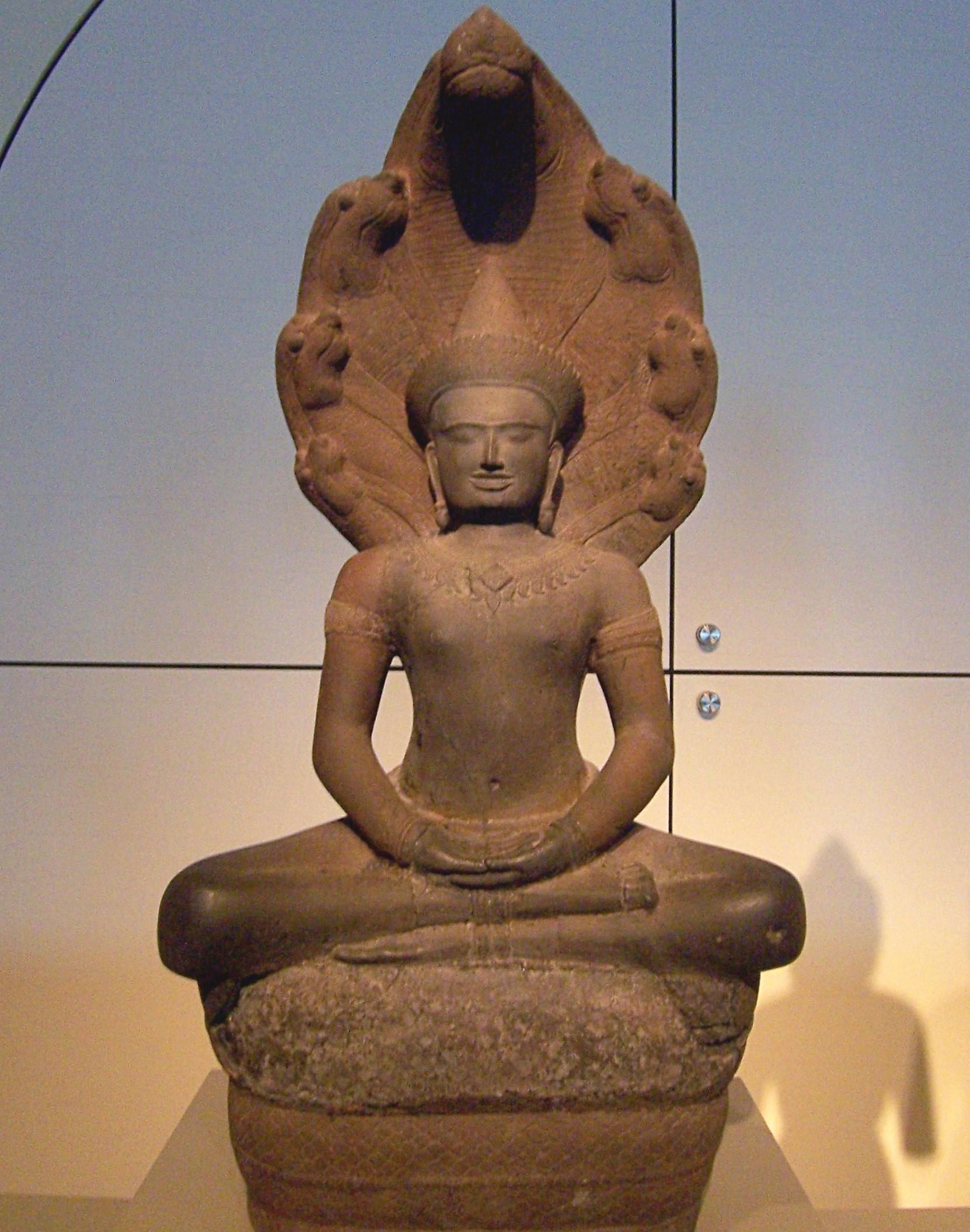 Buddha_shielded_by_Naga.jpg