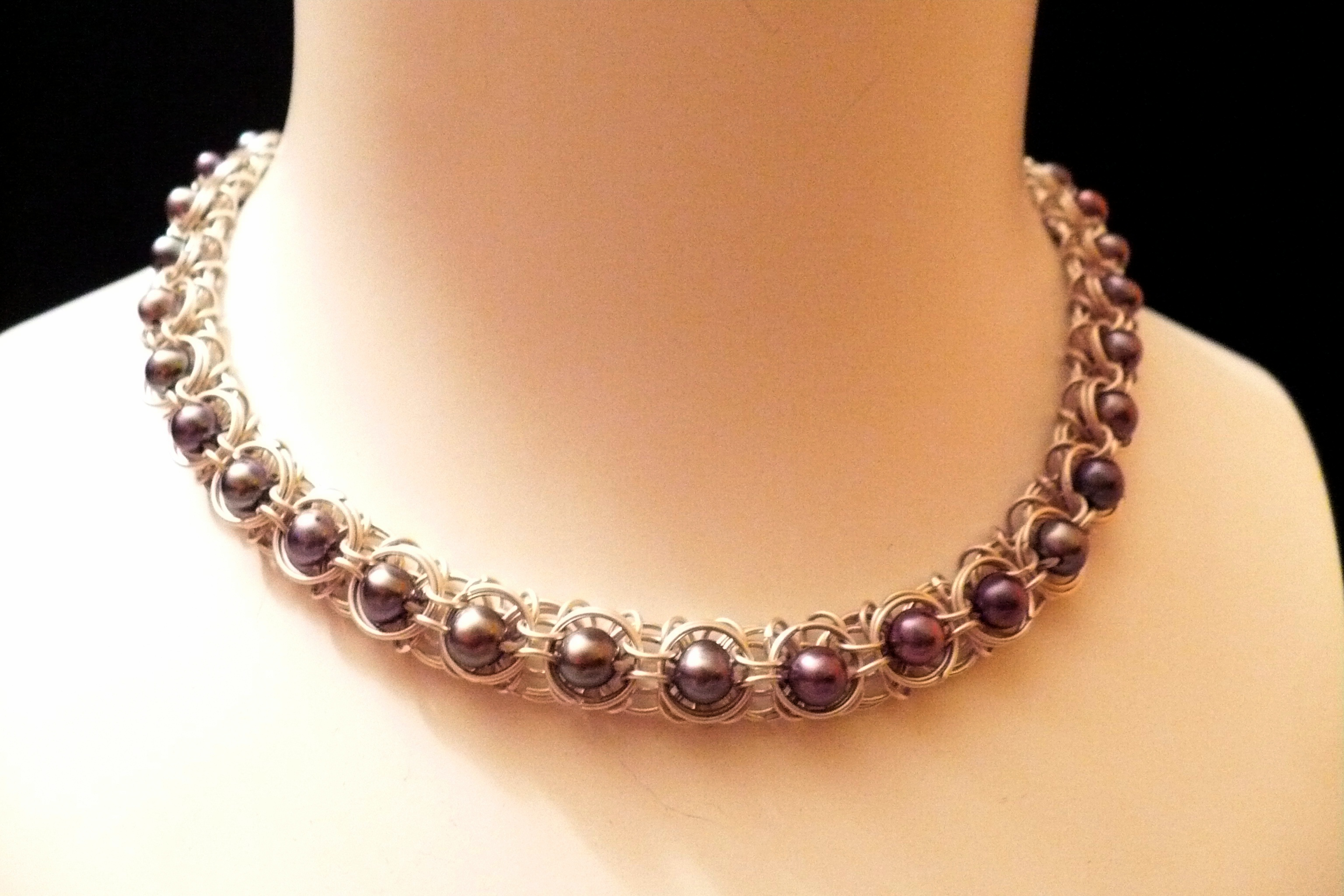 File:captured Pearls Necklaceg