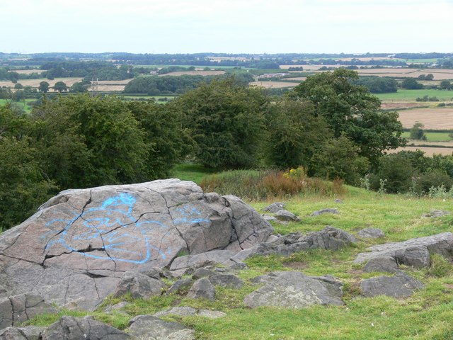 File:Croft Hill Granite - geograph.org.uk - 511715.jpg