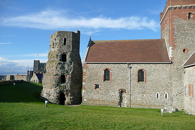 Dover Castle, Roman lighthouse and Saxon church - geograph.org.uk - 2139573