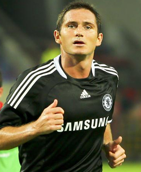 Frank Lampard, playing for Chelsea F.C.