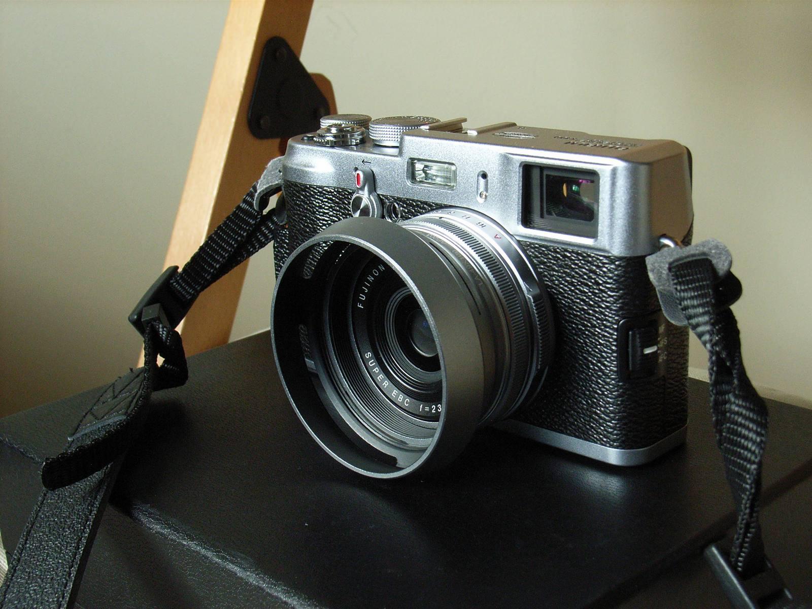 File:Fujifilm FinePix X100.jpg