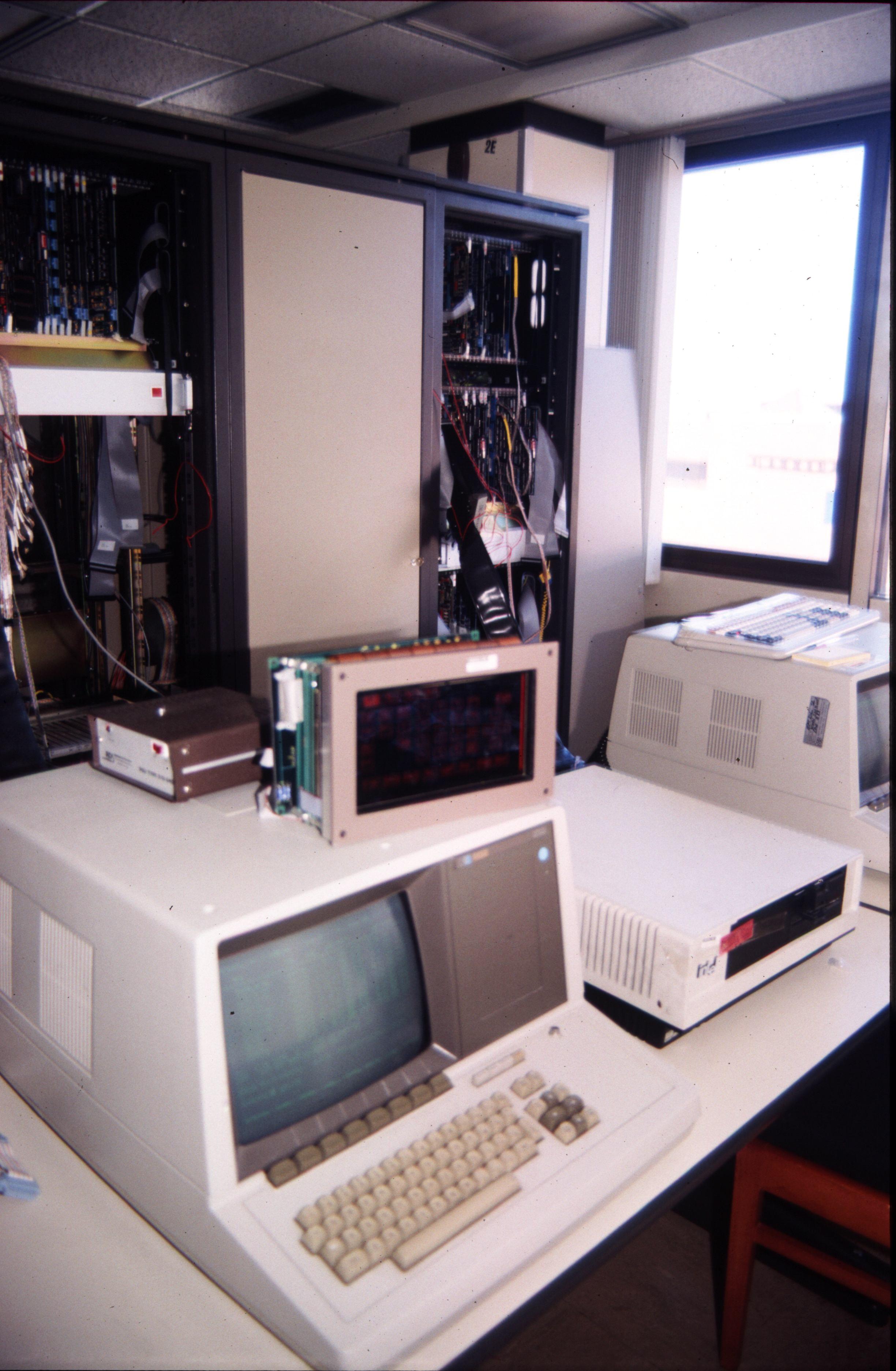 HP 64000 - Wikipedia