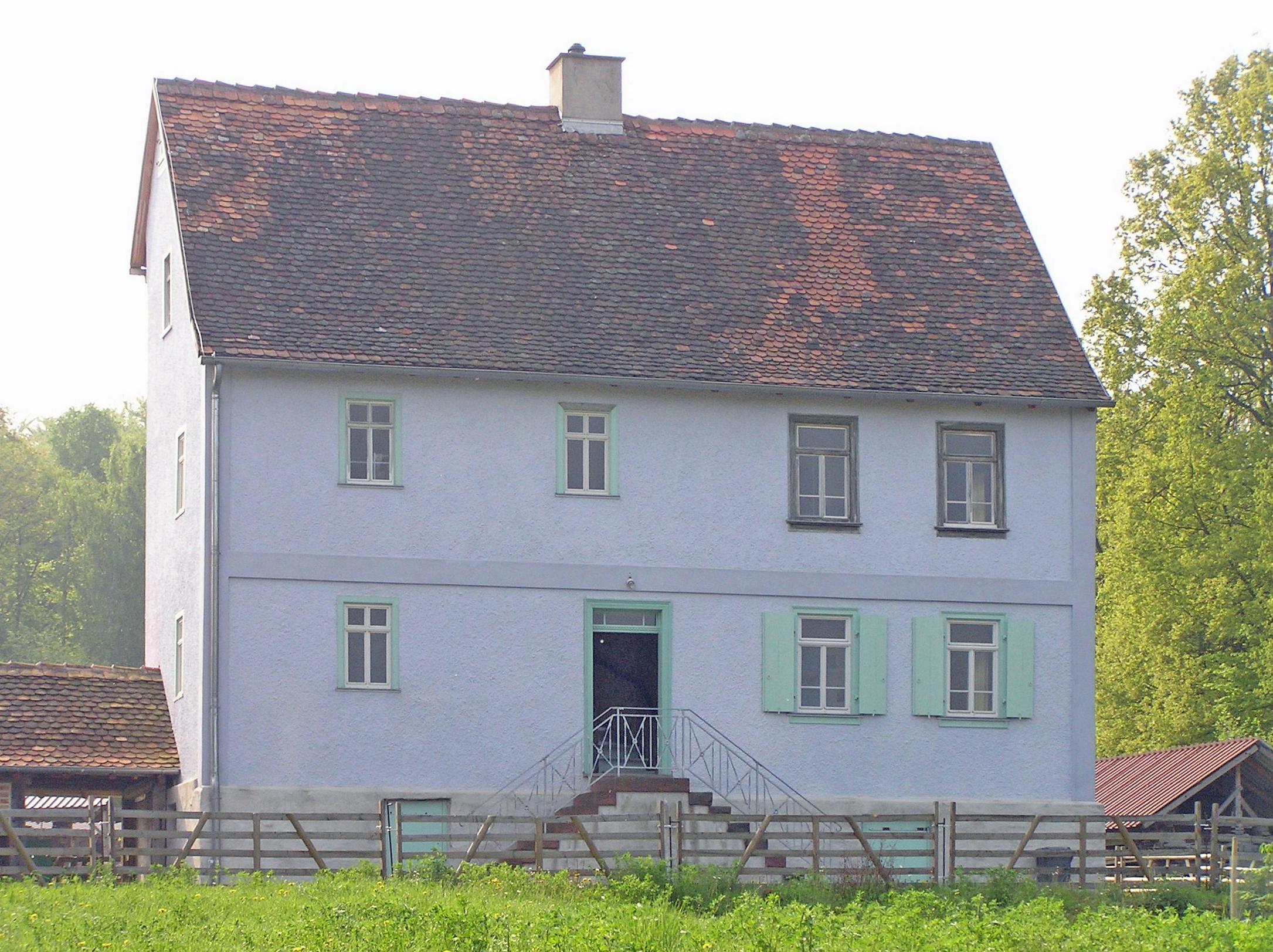älteres ''Wohnhaus'' in Neu-Anspach