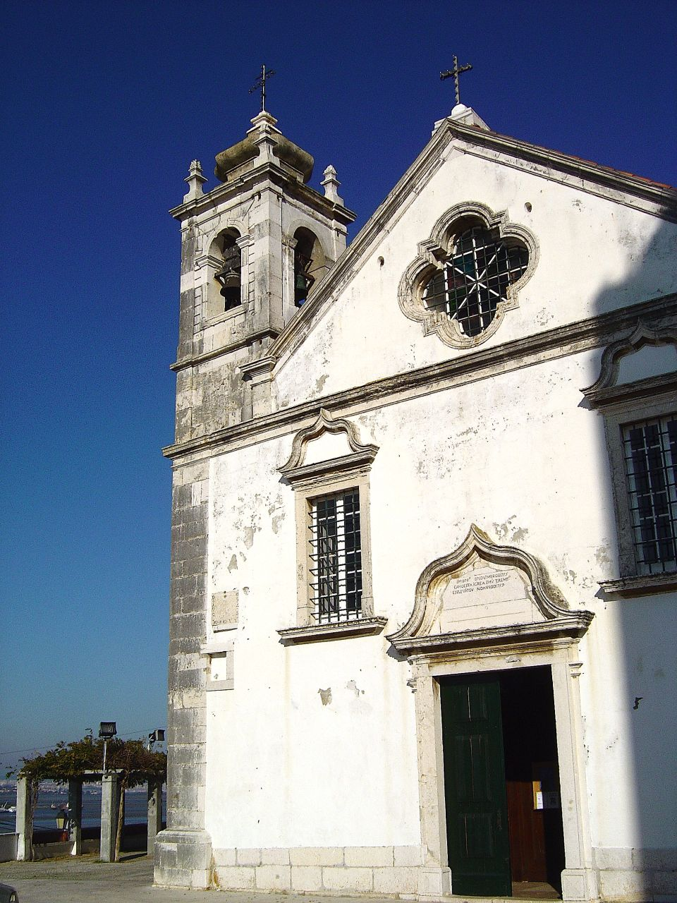 Igreja Matriz de Arrentela - Portugal (2628642055).jpg