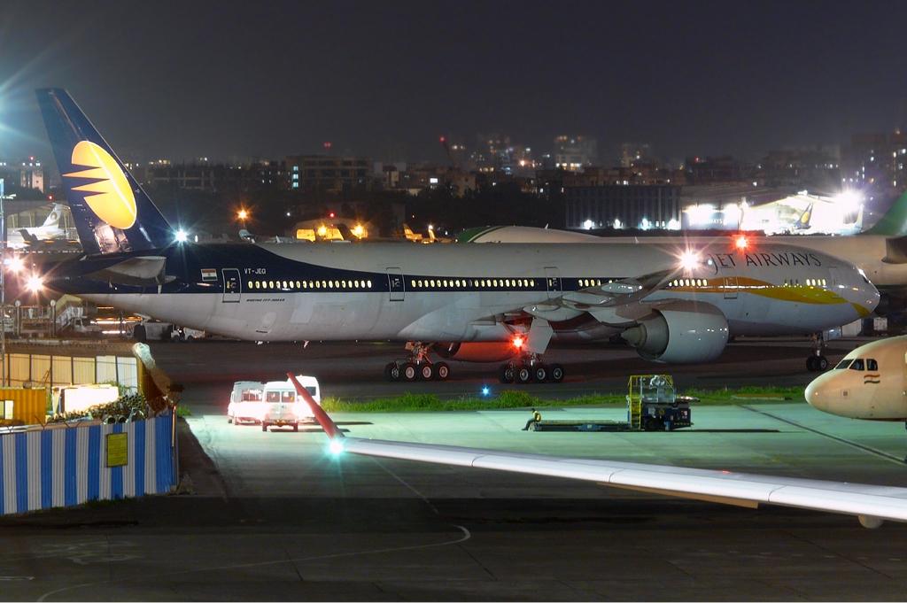 File Jet Airways Boeing 777 300er Sds 1 Jpg Wikimedia