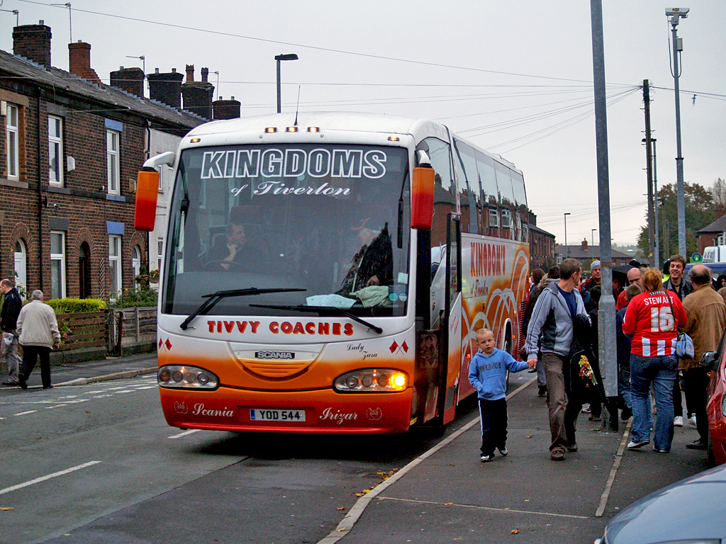 Coach Tours Vs Self Drive South England And Wales
