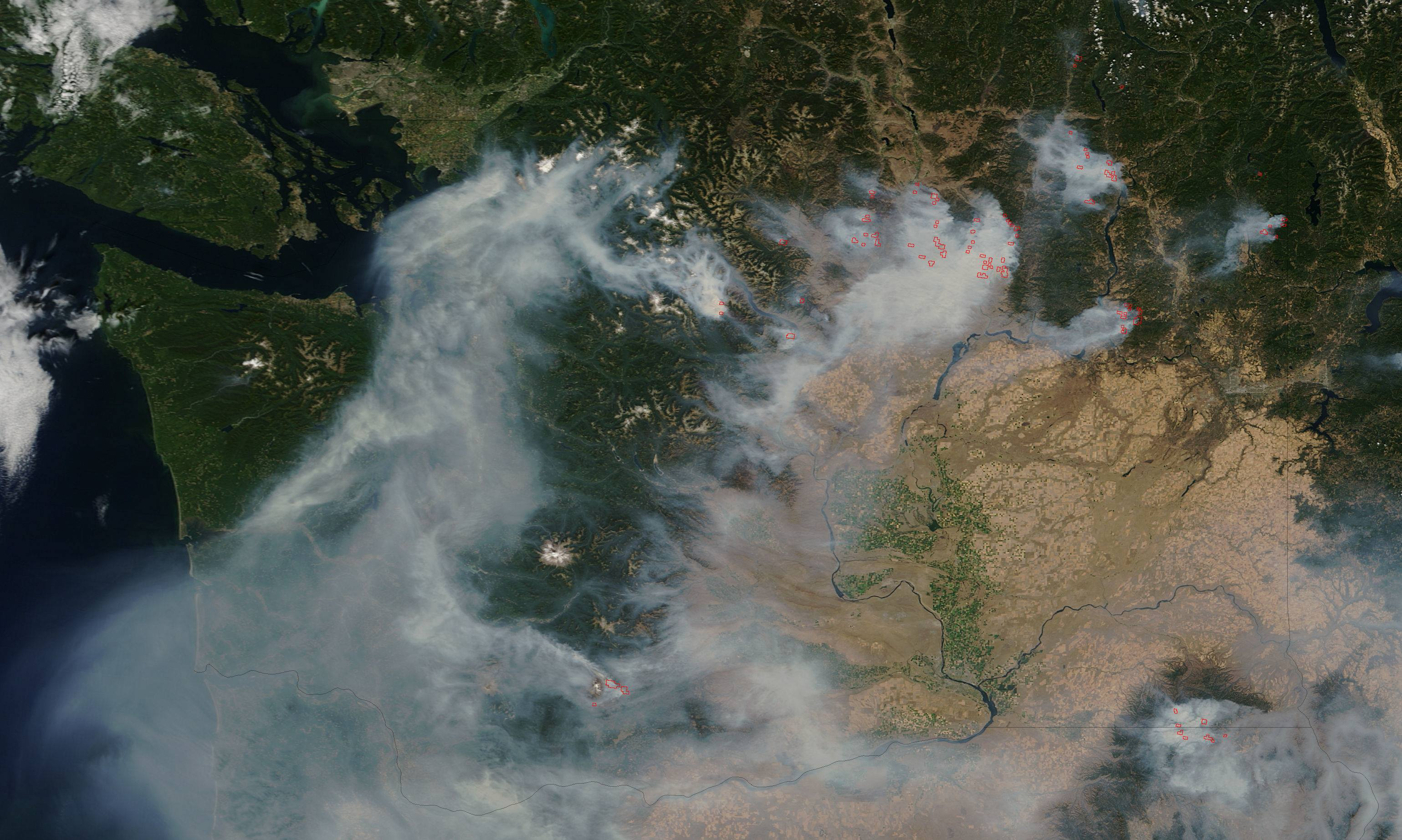 [Image: MODIS_-_Washington_state_wildfires_2015-08-22.jpg]