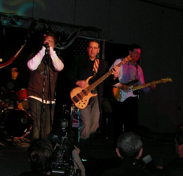 File:Mike Huckabee's band at the Lincoln Day Dinner in Des Moines.jpg