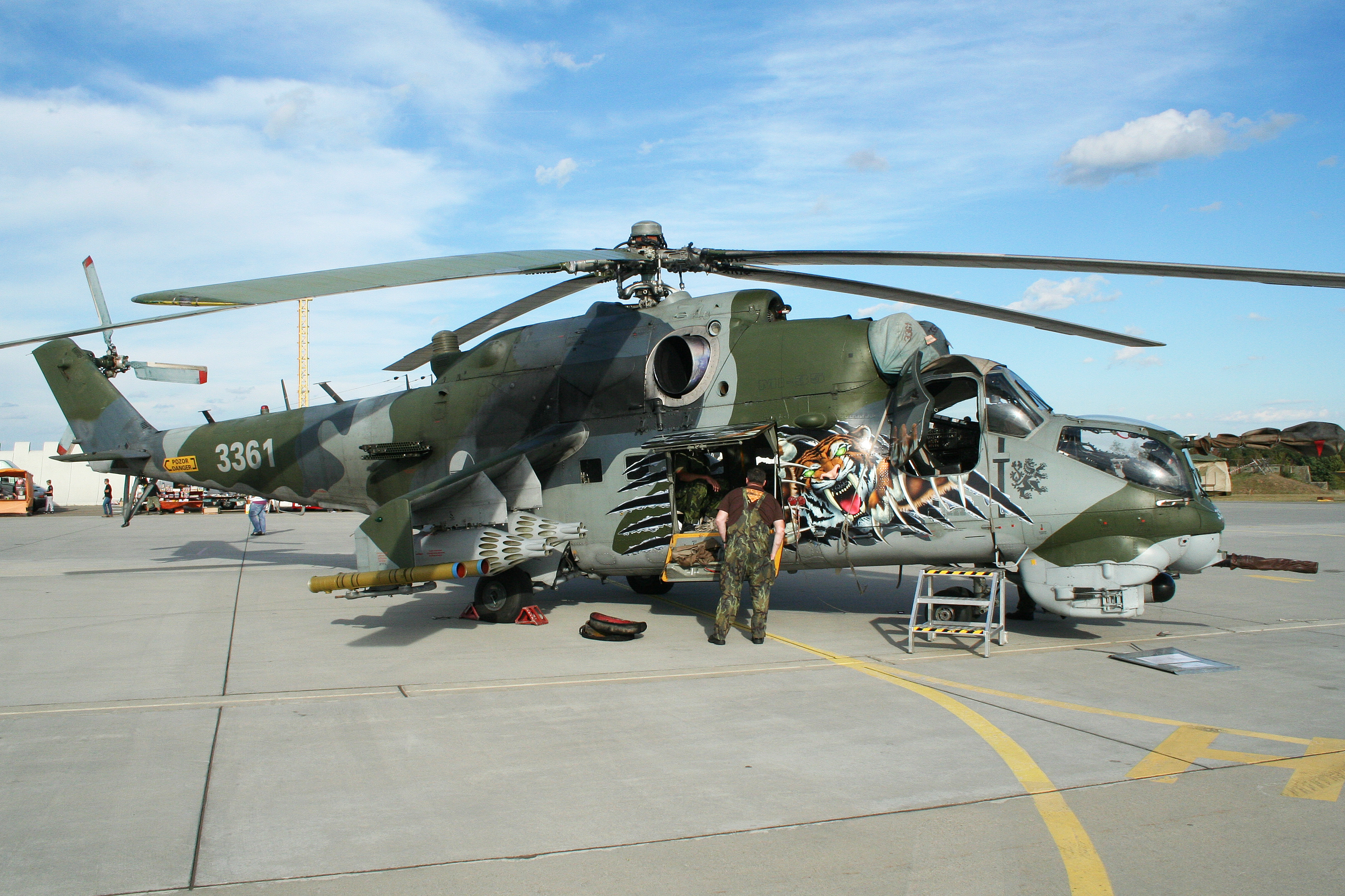 Pakistan's tool of war: Why the Mi-35 Hind-E is an excellent ...