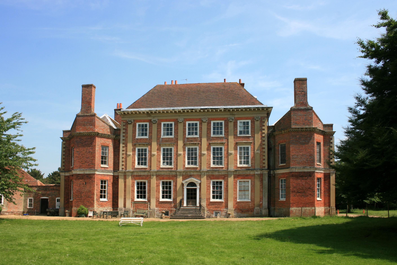 Kew Gardens Luxury Apartments