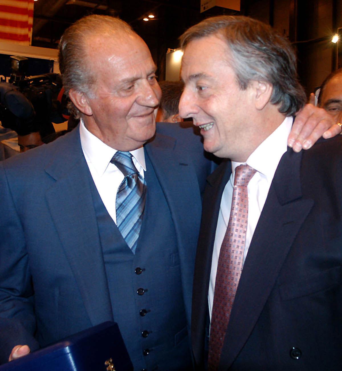N%C3%A9stor_Kirchner_y_Rey_Juan_Carlos_de_Espa%C3%B1a_-_Enero_2004.jpg