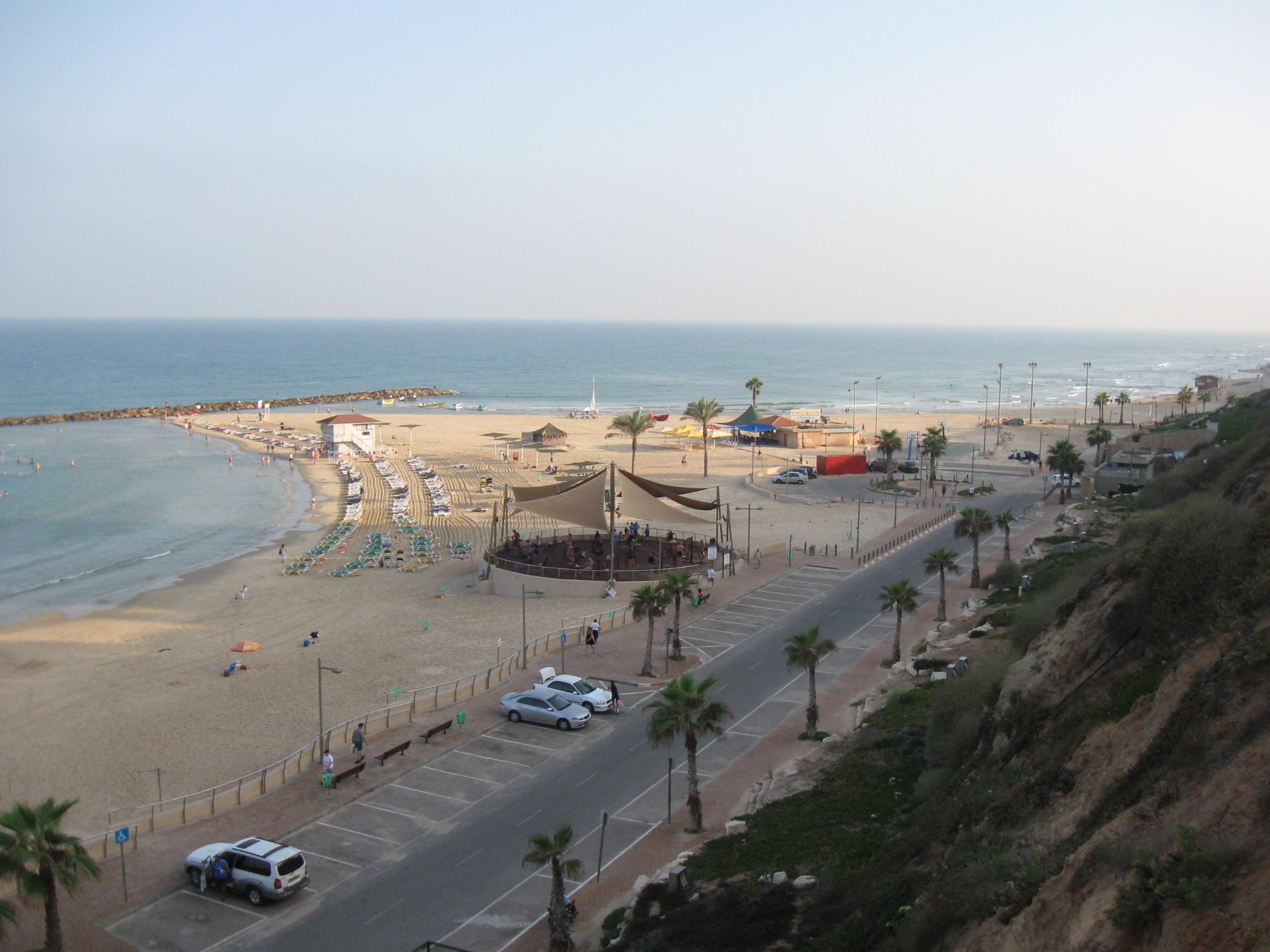 Netanya beach041.jpg