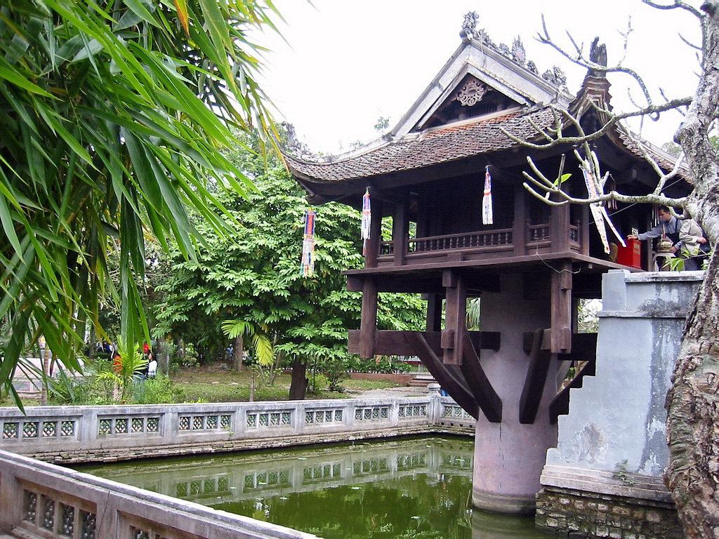 One Pillar Pagoda- A lotus shaped temple of gratitude