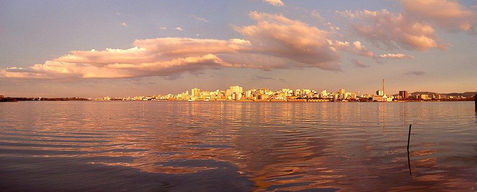 http://upload.wikimedia.org/wikipedia/commons/f/f8/Panor%C3%A2mica_de_Porto_Alegre.jpg