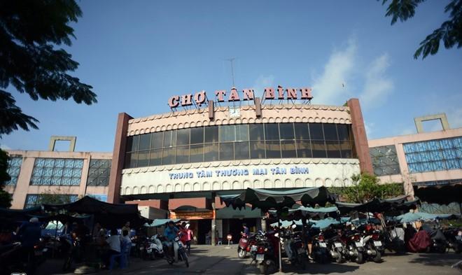 Chợ Tân Bình - cung cấp nguồn hàng quần áo lớn