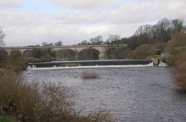 River Wharfe, Weir and Viaduct - geograph.org.uk - 716134