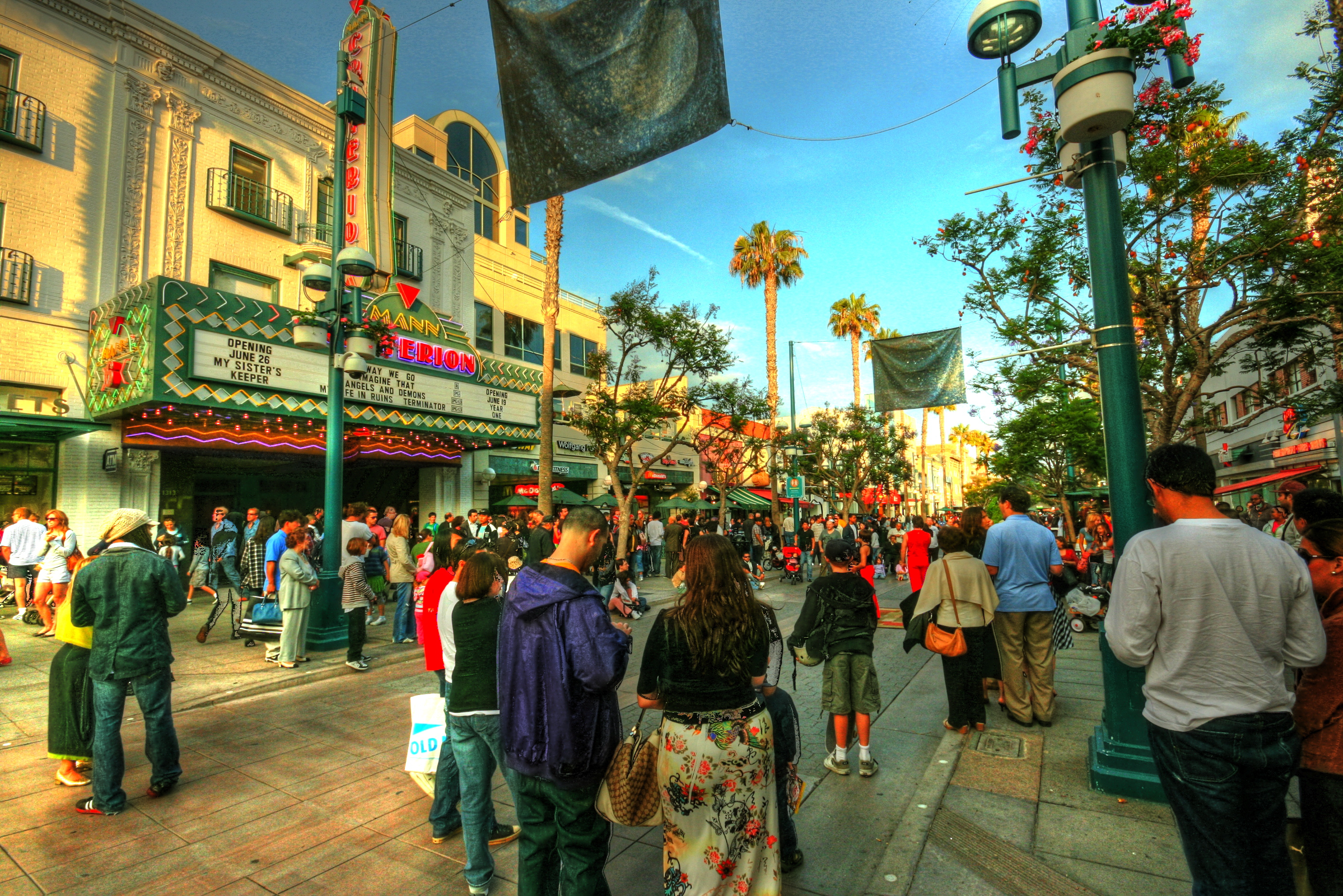 3rd Street Promenade Hours >> Santa Monica Place Hours
