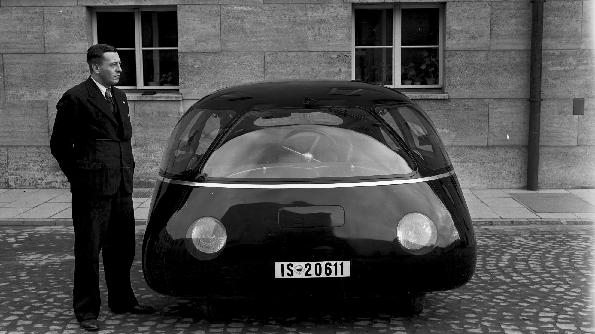 Schl%C3%B6rwagen_from_the_front.jpg
