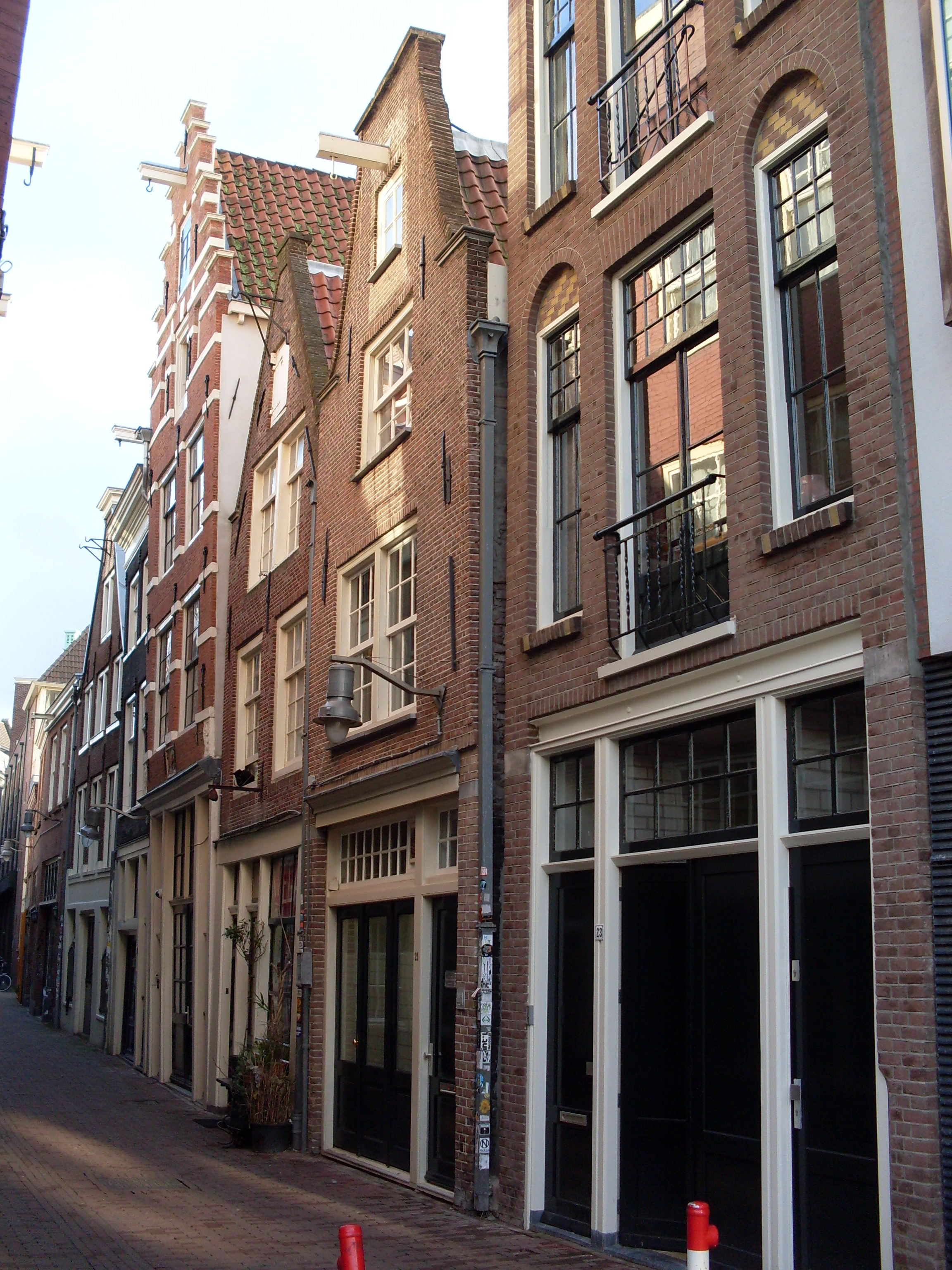 Huis waarvan de gevel in amsterdam monument - Huis gevel ...