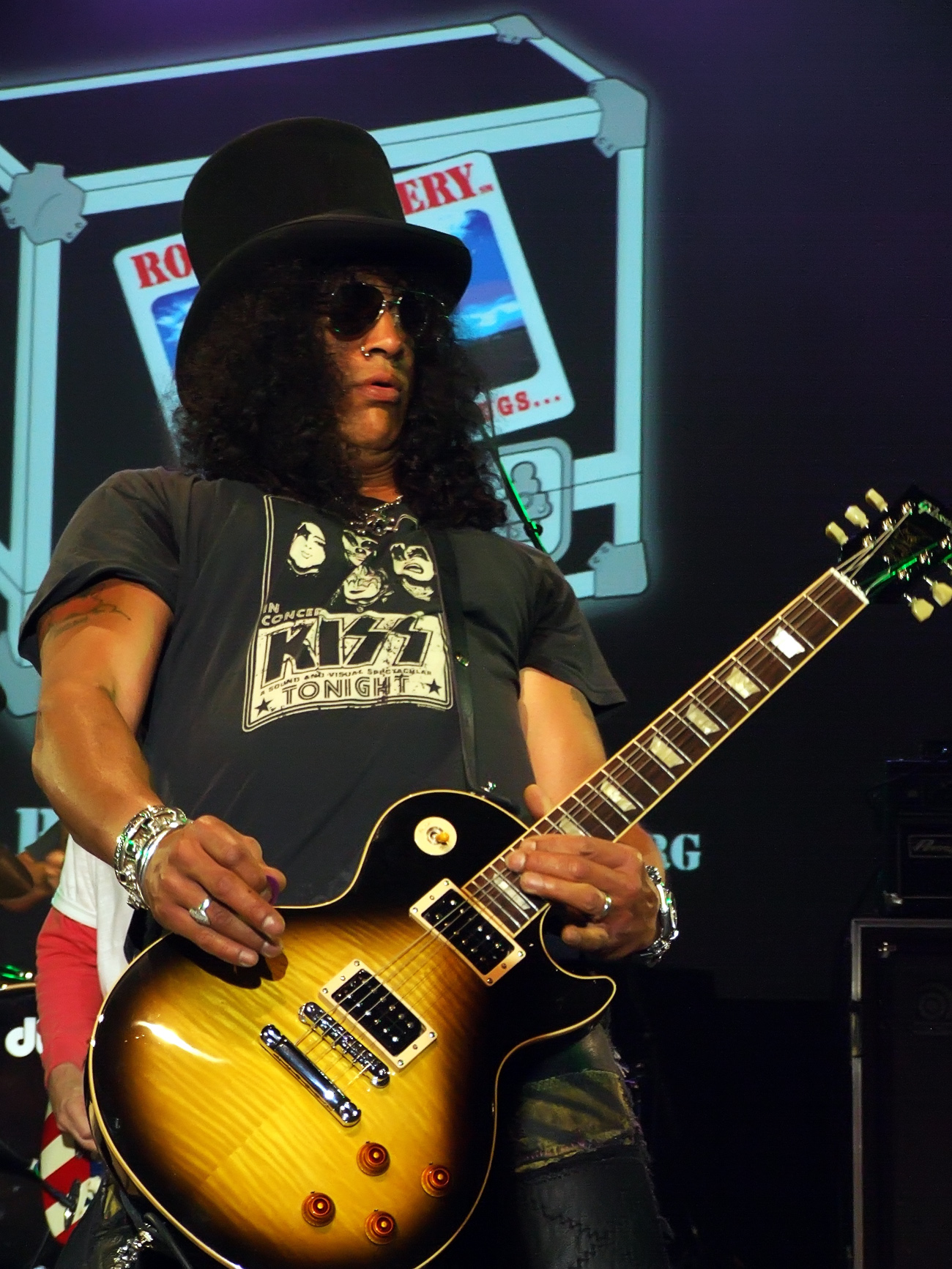 Slash - Images Hot