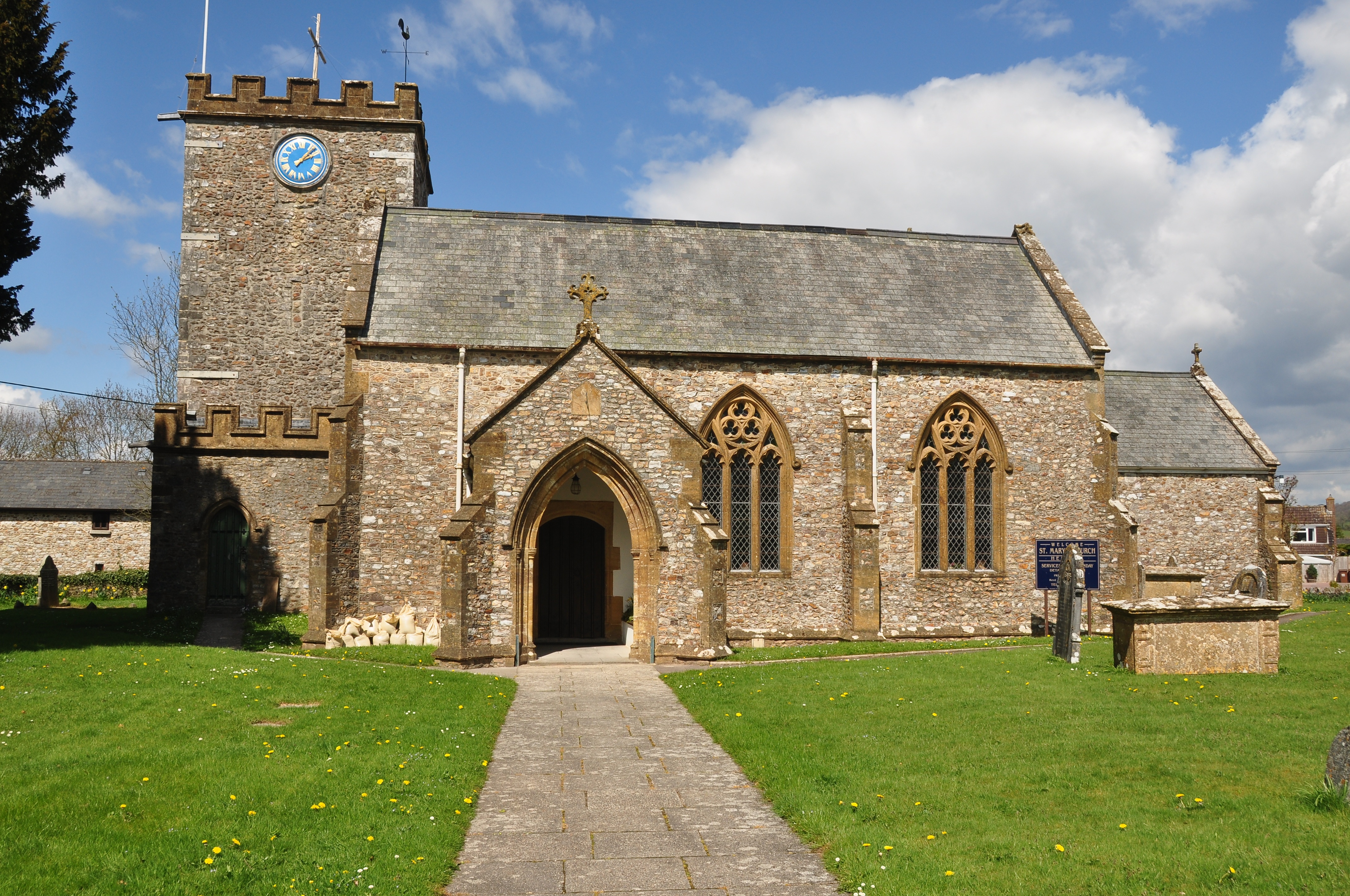 St Mary's Church, Hemyock (2915).jpg