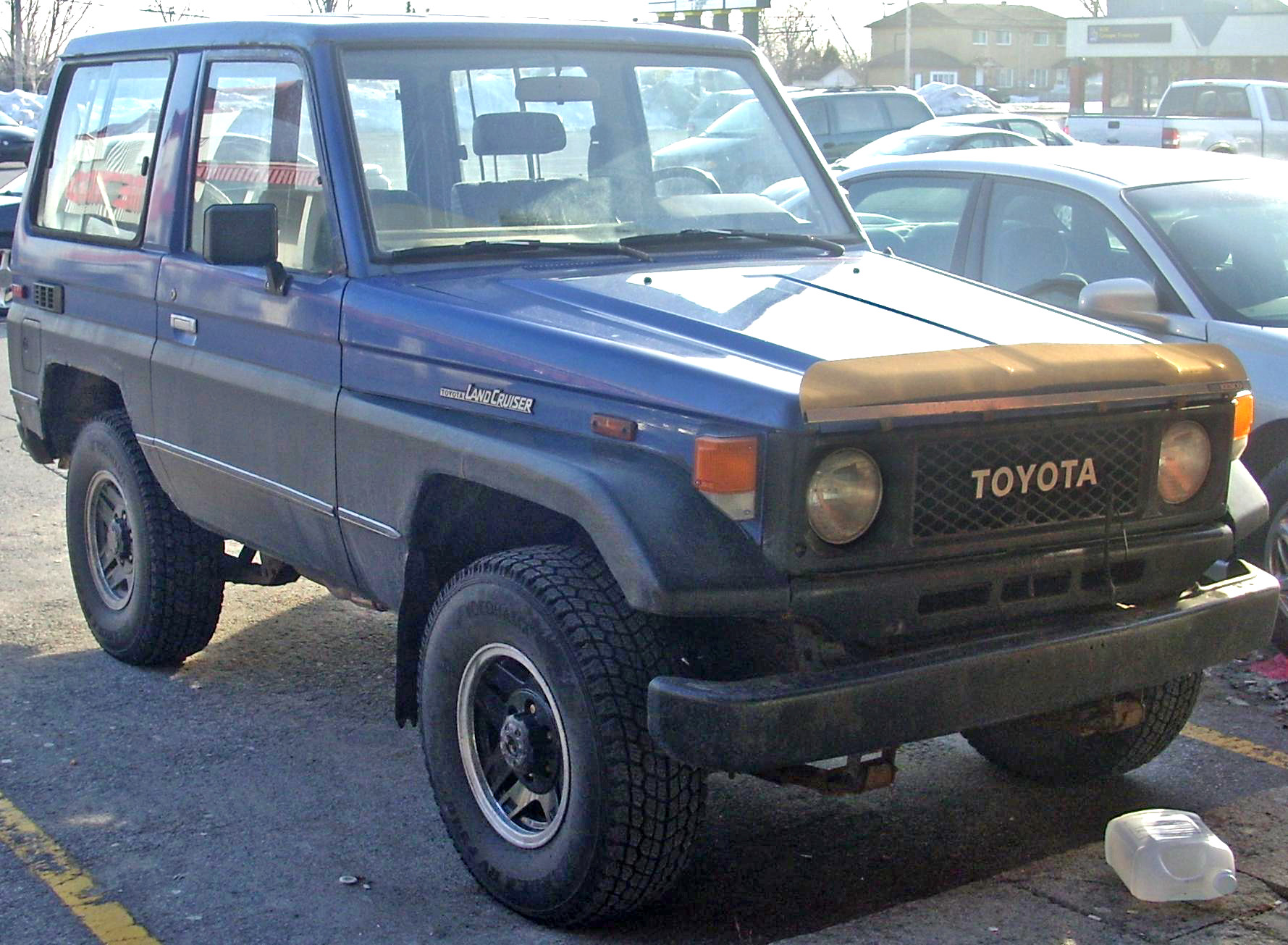 File Toyota Land Cruiser 2 Door Jpg Wikimedia Commons