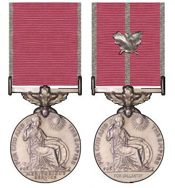 File:Tweemaal de British Empire Medal.jpg