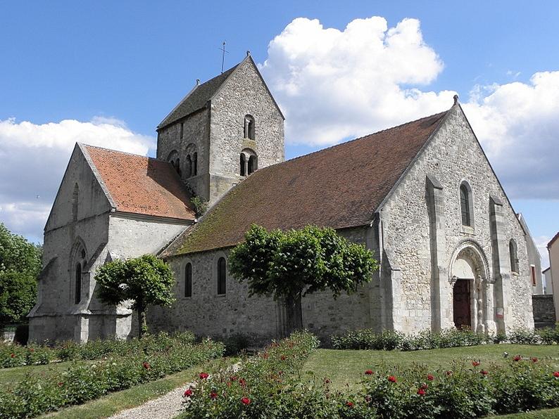 Église Saint-Rémi de Verneuil (51). Façade occidentale et flanc nord.