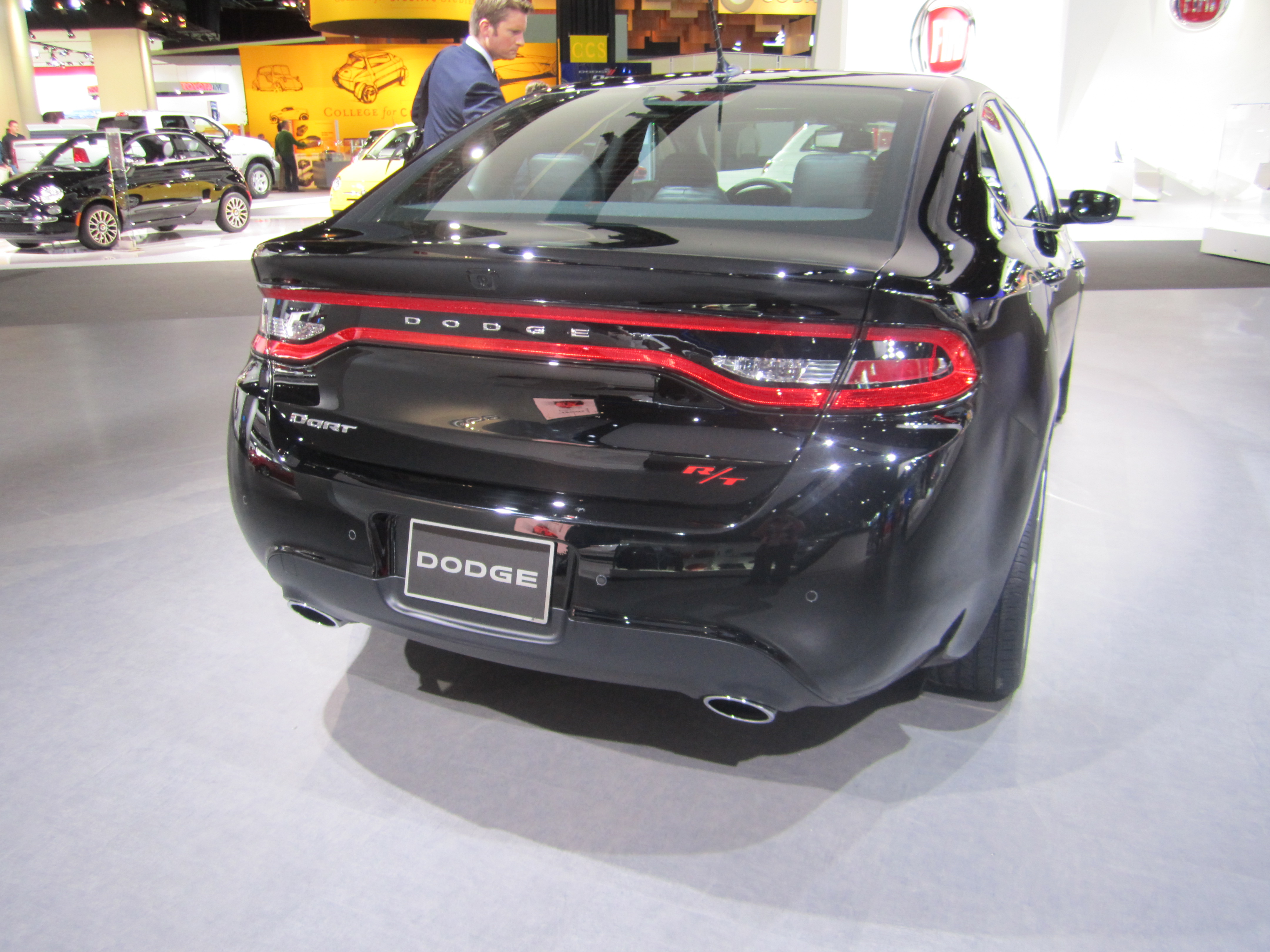 File:2013 Dodge Dart RT (CUSW based on Alfa Romeo Giulietta).jpg ...