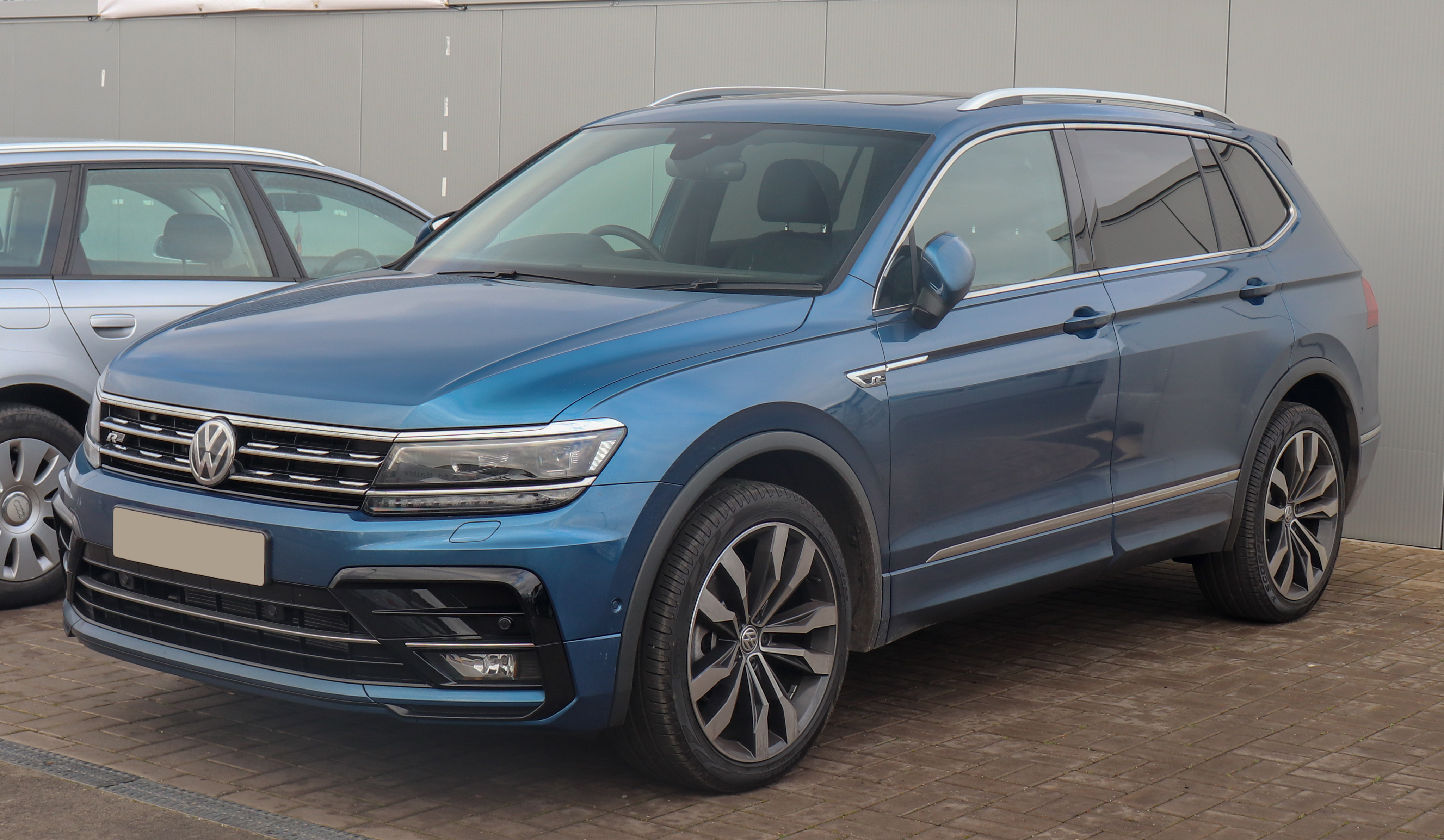 file 2019 volkswagen tiguan allspace r line tdi 4motion 2 wikimedia commons. Black Bedroom Furniture Sets. Home Design Ideas