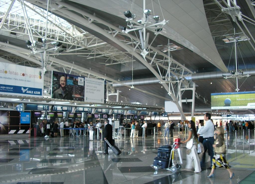 Aeroporto Internacional De Lisboa Nome : Aeroporto francisco sá carneiro wikipédia a